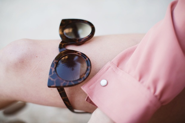 Cat Eye, Sunglasses, Details, Fashion, Legs