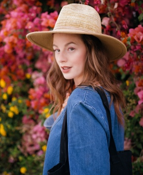 beauty inspiration, orange. eyeliner, denim, made in la, denim on denim, platforms, flowers, farmers market, bell sleeves, free people, fashionista, lifestyle blogger, personal style, casual, chic, comfy, cuffed,