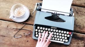 Vintage, Coffee Break, Babes and Coffee, Caffe Vita, TIJN, Glasses, Poet, Typewriter, Blue, Latte Art, Yum, Muse, Maverick,